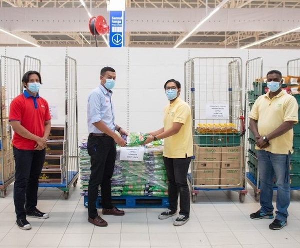 Mondelez International and Tesco raise RM200,000 for underprivileged communities affected by Covid-19 pandemic